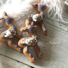 プレゼントのバンビちゃんちっちゃなレース付き#SugarSugar認定講師 #sugarsugarjapan#icing#icingcookie #icingcookies #royalicing #royalicingcookie #customcookies #royalicingcookies#decoratecookies #artcookie #decoratedcookies #decorationcookies #sugarcookie #Instacookie #아이싱쿠키 #曲奇 #糖霜餅乾 #アイシングクッキー教室 #アイシング #アイシングクッキー #Nature #ナチュールアイシングクッキー