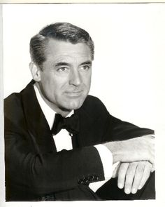 Cary Grant--just seemed as if he wasn't even working when he was acting;o)