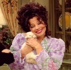 Solve Fran Dresher and her cat jigsaw puzzle online with 20 pieces Nanny Quotes, Fran Dresher, Fran Fine Outfits, Miss Fine, Nanny Outfit, Princesas Disney, Reaction Pictures, Movies Showing, Gossip Girl