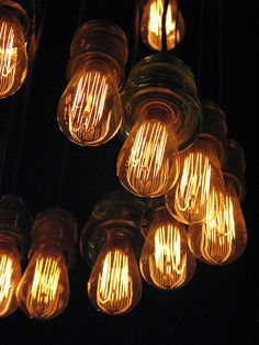 Edison chandelier up close Edison Chandelier, Modern Chandelier, Chandelier Ideas, Chandeliers, Light Art, Light Bulb, Modern Industrial, Sweet Home, Presto