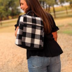 Totes, Purses, Bags - Andi Backpack In Black Fall Fashion Trends, Trendy Fashion, Winter Fashion, Boutique Clothing, Fashion Boutique, White Plaid, Black And White, Cargo Vest, Flannel Material