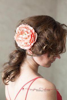 Coral Blooming Rose and Pearls Hairpiece Comb  #wedding #rubyblooms #hairpiece #headpiece #hairstyle #gaywedding #comb #jewelry #hairfashion #justengaged #engaged #socal #weddingday #sandiegowedding #floridawedding #weddingplanner #chicagowedding #californiawedding #bridalaccessories #peachwedding #dustyrose #weddingveil #newyorkwedding #nywedding #weddinggown #designer #bridaldress #blush #pink #sdwedding #chic #shesaidyes #bridalhair #glamorous #flowergirl