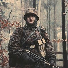 Waffen-SS soldier during the Battle of the Bulge, December 1944. 1.