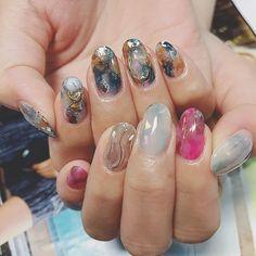 """いいね!49件、コメント10件 ― たす。さん(@m____25x)のInstagramアカウント: 「. new nail 来週石垣島行くので、石垣trip仕様☀ 左右非対称ネイルで、右も左も可愛い 爪も新しくなったし、後はまつパ❤︎"""" 服も買えたし、楽しみすぎる…」 Cute Nails, Pretty Nails, Gel Nails, Nail Polish, Nail Art Pictures, Marble Nails, Perfect Nails, Nails On Fleek, Nail Arts"""