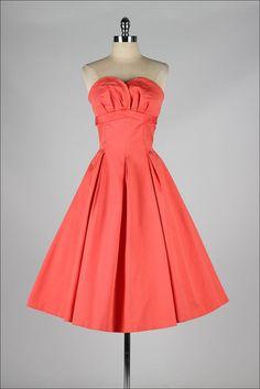 robe vintage des années 1950. JONATHAN LOGAN. par millstreetvintage