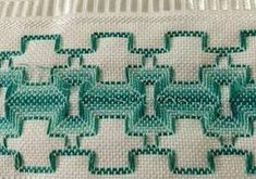 Resultado de imagem para eu amo vagonite Swedish Embroidery, Swedish Weaving, Weaving Patterns, Bargello, Needlepoint, Tatting, Needlework, Cross Stitch, Quilts