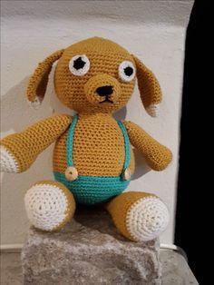Denne fine hækleopskrift på den søde hundehvalp Viggo er lavet...