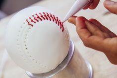 World Series Vanilla Baseball Cake with Ball Park Snacks Baseball Birthday Cakes, Baseball Cakes, Baseball Party, Rays Baseball, Baseball Teams, Baseball Grooms Cake, Baseball Records, Baseball Live, Tutorials