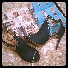 New Denim Heels Very chic denim heels 4 inches will add flair to your jeans or khaki colored chinos, shorts or skirts. (New) Shoes Heels