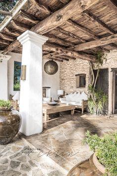 Pergola Ideas For Patio Outdoor Rooms, Indoor Outdoor, Outdoor Living, Outdoor Decor, Rustic Patio, Wood Patio, Diy Patio, Patio Interior, Mansion Interior