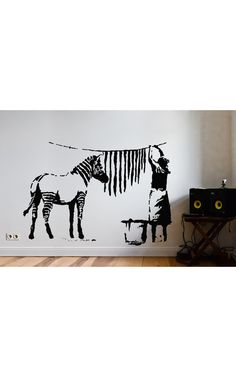 Die 172 besten bilder von vinylart wandtattoo wall art design wall decal art walls wall - Urban art berlin wandtattoo ...