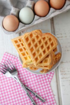 Waffle Iron Eggs from Weelicious- try without cheese and use almond milk