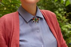 Exactly how to wear all those vintage broaches.