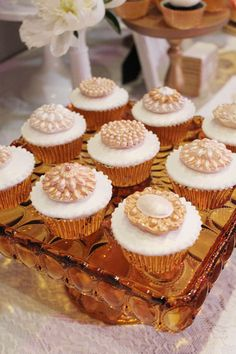 Divine cupcakes by @sweet bloom cakes