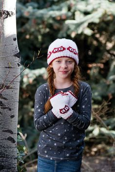 Hoot Sweet Hat & Mitts | Knitting Daily