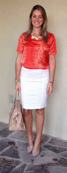 Look de trabalho - Look do dia - moda corporativa - saia lapis - blusa laranja e saia branca - orange and white
