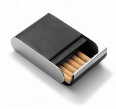 Brand Genuine Leather & Metal Magic Cigarette case box Cigar Box Smoking accessories novelty gadget GE(China (Mainland))