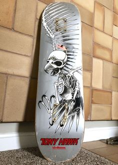 Up for sale is a silver full size Tony Hawk Birdhouse skateboard deck. The skateboard is in excellent condition and was hardly used. This one really is in excellent used condition and displays beautifully. Birdhouse Skateboards, Vintage Skateboards, Cool Skateboards, Skateboard Deck Art, Skateboard Pictures, Skateboard Design, Hawk Logo, Bmx Frames, Best Bmx