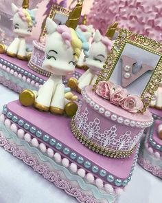 "400e0bc8a445c  unicornioparty  unicórnio  festamenina  festasinfantis  personalizados   personalizadosdeluxo…"""