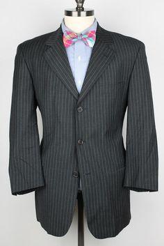 SLEEK Hugo Boss Einstein Omega Dark Grey Striped Wool Blend 40 S mens Suit #HUGOBOSS #ThreeButton