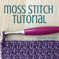 Learn how to crochet the moss stitch with this easy step by step photo tutorial The tutorial includes photos for right and left handed crocheters as well as written instructions stitchingtog crochettutorial Moss Stich Crochet, Easy Crochet Stitches, Crochet Stitches For Beginners, Easy Crochet Projects, Moss Stitch, Tunisian Crochet, Knitting Stitches, Hand Crochet, Crochet Patterns