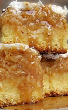 Apple bars - Recipe Is So Good It Will Make Apple pies Jealous. I would make with French Apple topping instead of meringue Apple Desserts, Köstliche Desserts, Apple Recipes, Cookie Recipes, Delicious Desserts, Dessert Recipes, Yummy Food, Dessert Bars, Cake Bars