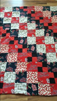 Jelly Roll Jam Quilt Using Free Fat Quarter Shop Pattern
