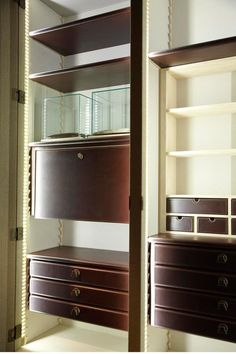 GEORGE wardrobe interior from Promemoria equipped for Art and Watches.jpg
