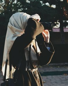 Stylish Hijab, Hijab Chic, Arab Girls Hijab, Muslim Girls, Stylish Girls Photos, Girl Photos, Hijab Hipster, Cover Wattpad, Hijab Style Dress