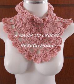 Gola Adelle Crochet Cowel, Crochet Lace Collar, Crochet Quilt, Freeform Crochet, Crochet Scarves, Knit Crochet, Knitting Patterns, Crochet Patterns, Crochet Neck Warmer
