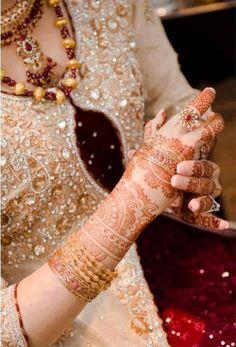 Abbottabad, Bridal, Mehndi, Photography, Wedding, Wedding Photography, BridalPhotography, Bride, Wedding Photographer, Bridal shoot,  Photo shoot