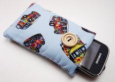 Witamy w sklepie CHIARA DESIGN.    Prezentujemy oryginalny pokrowiec/ etui na iPhone.    Pokrowiec został wykonany z dwóch rodzajów bawełny 100%. P...