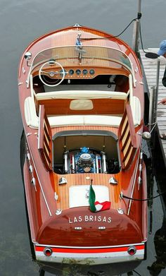 Wooden Italian Hand-Made Sport Runabout. Yacht Design, Boat Design, Speed Boats, Power Boats, Riva Boot, Course Vintage, Bateau Yacht, Ski Nautique, Classic Wooden Boats