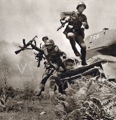 Albanian soldiers dismount from a Socialist State, Socialism, Communism, World History, World War Ii, Romanian People, Warsaw Pact, Central And Eastern Europe, Army Surplus