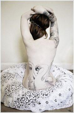 Feminine Swan Tattoo Designs On Back, swan tattoos, swan tattoo meaning Tattoo Girls, Back Tattoo Women, Back Tattoos, Love Tattoos, Beautiful Tattoos, Body Art Tattoos, Girl Tattoos, Tattoos For Women, Female Tattoos