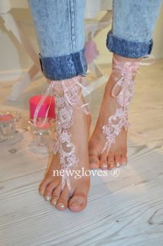 Hey, I found this really awesome Etsy listing at https://www.etsy.com/listing/193036964/bridal-anklet-pink-beach-wedding