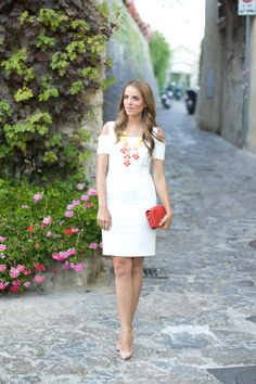 Gal Meets Glam: A Night In Ravello + ILY Couture Giveaway