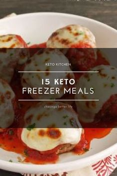Diet Recipes These keto freezer meals are amazing for anyone but especially a busy mom like me! The whole family can eat what I eat and I won't have to make 2 different meals! So pinning this! Diet Dinner Recipes, Keto Dinner, Diet Recipes, Healthy Recipes, Tasty Meals, Dinner Healthy, Healthy Food, Keto Foods, Ketogenic Recipes
