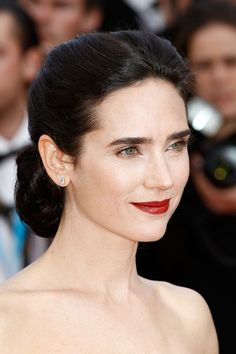 Jennifer Connelly understated and chic at Cannes 2012