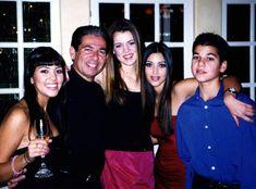 Old family photo of Kim, Khloe, Kourtney, Robert, and Robert Kardashian Jr