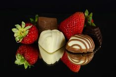 Free Image on Pixabay - Strawberries, Chocolate, Food Cute Gifts For Girlfriend, Valentine Chocolate, Chocolate Strawberries, Chocolate Recipes, Chocolate Food, New Recipes, Decir No, Dessert Recipes, Strawberry