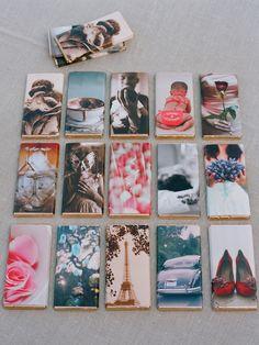 Mi idea favorita para una boda favorece tanto las barras de gran chocolate envueltos en papel impreso con fotos especiales a la novia y el novio.