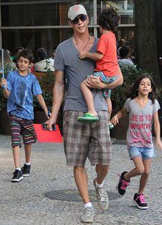 Pai de quatro filhos, Márcio Garcia dispara: 'Não sabia que seria um reprodutor' | y_entretenimento - Yahoo OMG! Brasil