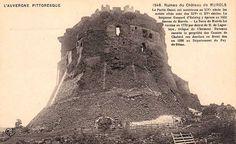 Chateau de #Murol en Auvergne du Grégorien en la chapelle du château des fêtes #médiévales des veillées un lieu incroyable autrefois tenu par des amis restés fidèles