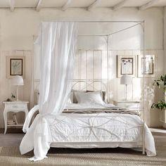 Camera da letto in stile shabby chic n.37