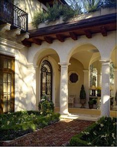 Spanish style homes – Mediterranean Home Decor Spanish Revival Home, Spanish Style Homes, Spanish House, Spanish Colonial, Hacienda Style Homes, Colonial Art, Mediterranean Architecture, Mediterranean Style Homes, Mediterranean Garden