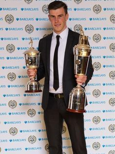 Gareth Bale wins both PFA Player of the Year & PFA Young Player of the Year for season Gareth Bale, Neymar, Real Madrid, Premier League, Sports Trophies, Spurs Fans, Soccer Pictures, Sports Personality, Soccer Match