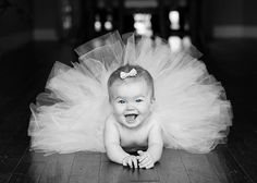 Love this picture idea...maybe my 6 months photos of miss priss!