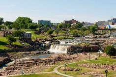 A sculpture-filled downtown, a famous park and nearby outdoor rec funnel visitors to South Dakota's biggest metro, Sioux Falls.