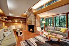 Frank Lloyd Wright homes around Seattle
